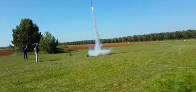 """Nell'ambito del progetto """"Space for School"""" i ragazzi del Liceo Scientifico """"G.C.Vanini"""" di Casarano hanno realizzato e lanciato il razzo """"Vanini I"""", primo dei due test programmati prima del lancio […]"""